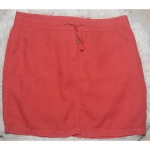 Tommy Bahama coral color skirt